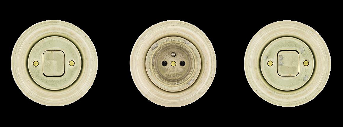 Mramor se požívá v bankách. Protože je to krásný materiál a vypínače a zásuvky z mramoru jsou krásné. Mulier Klasik retro elegance.